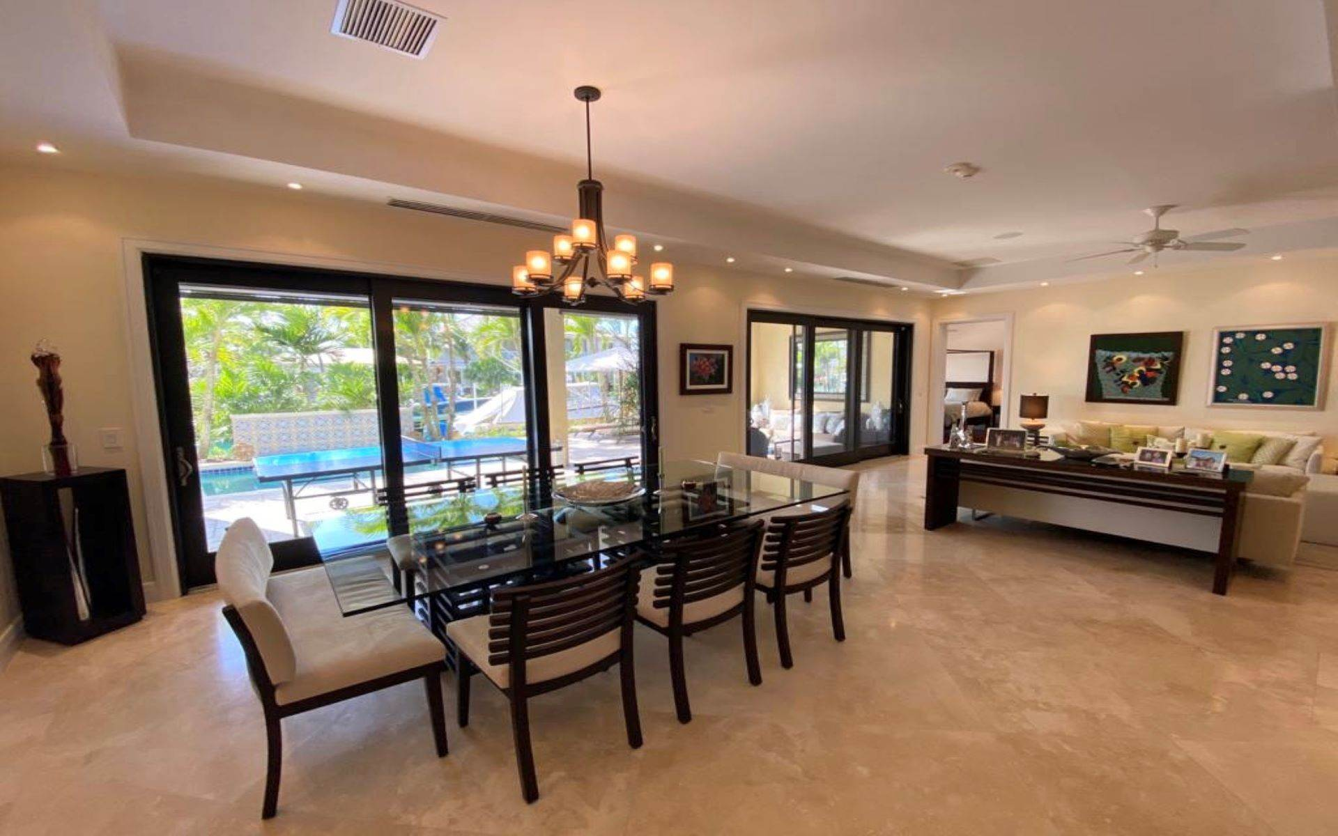 11. Single Family Homes for Sale at Immaculate House on Venetian Lane in Old Fort Bay Old Fort Bay, Nassau And Paradise Island, Bahamas