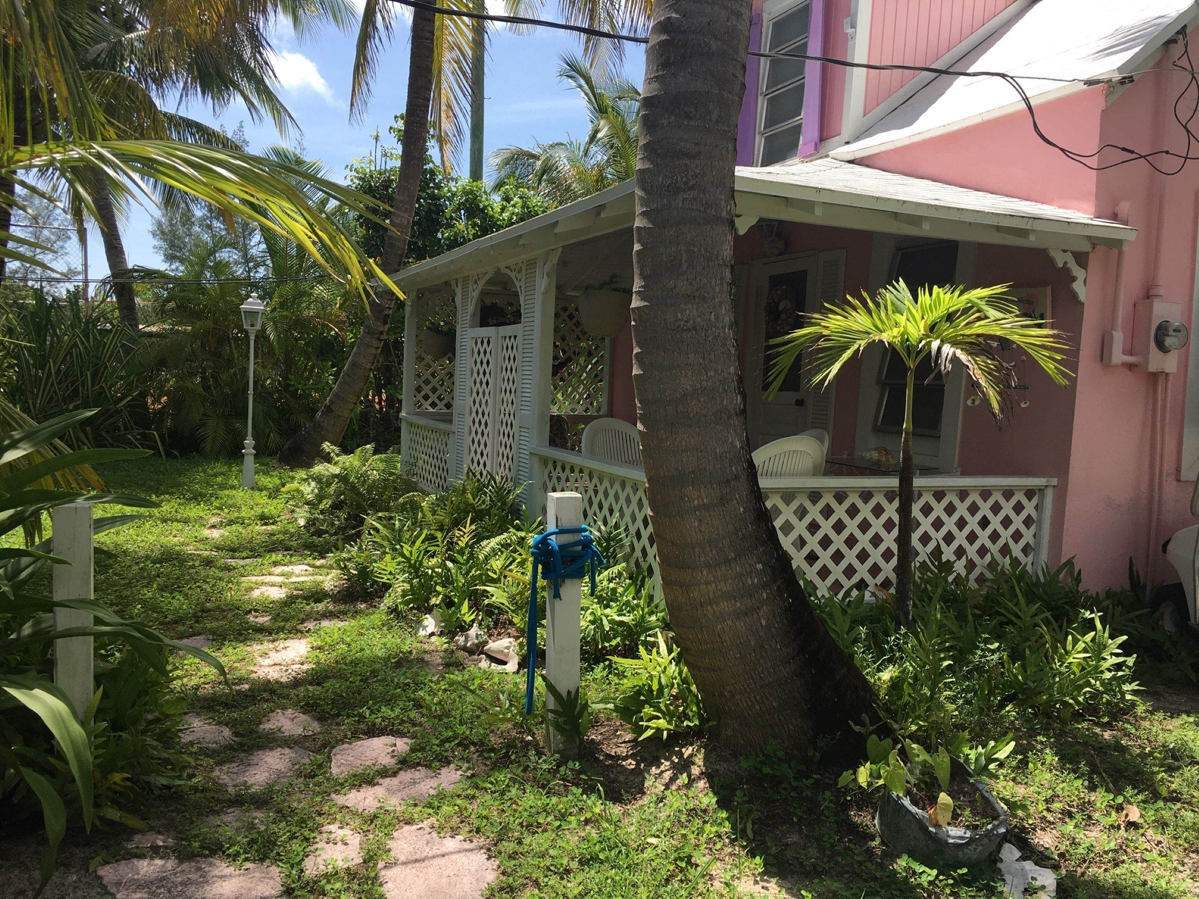 11. Single Family Homes for Sale at Quaint Historic Spanish Wells Cottage Spanish Wells, Eleuthera, Bahamas
