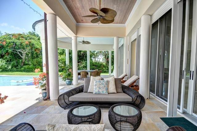 14. Single Family Homes for Sale at A One of a Kind Residence in Lyford Cay Lyford Cay, Nassau And Paradise Island, Bahamas