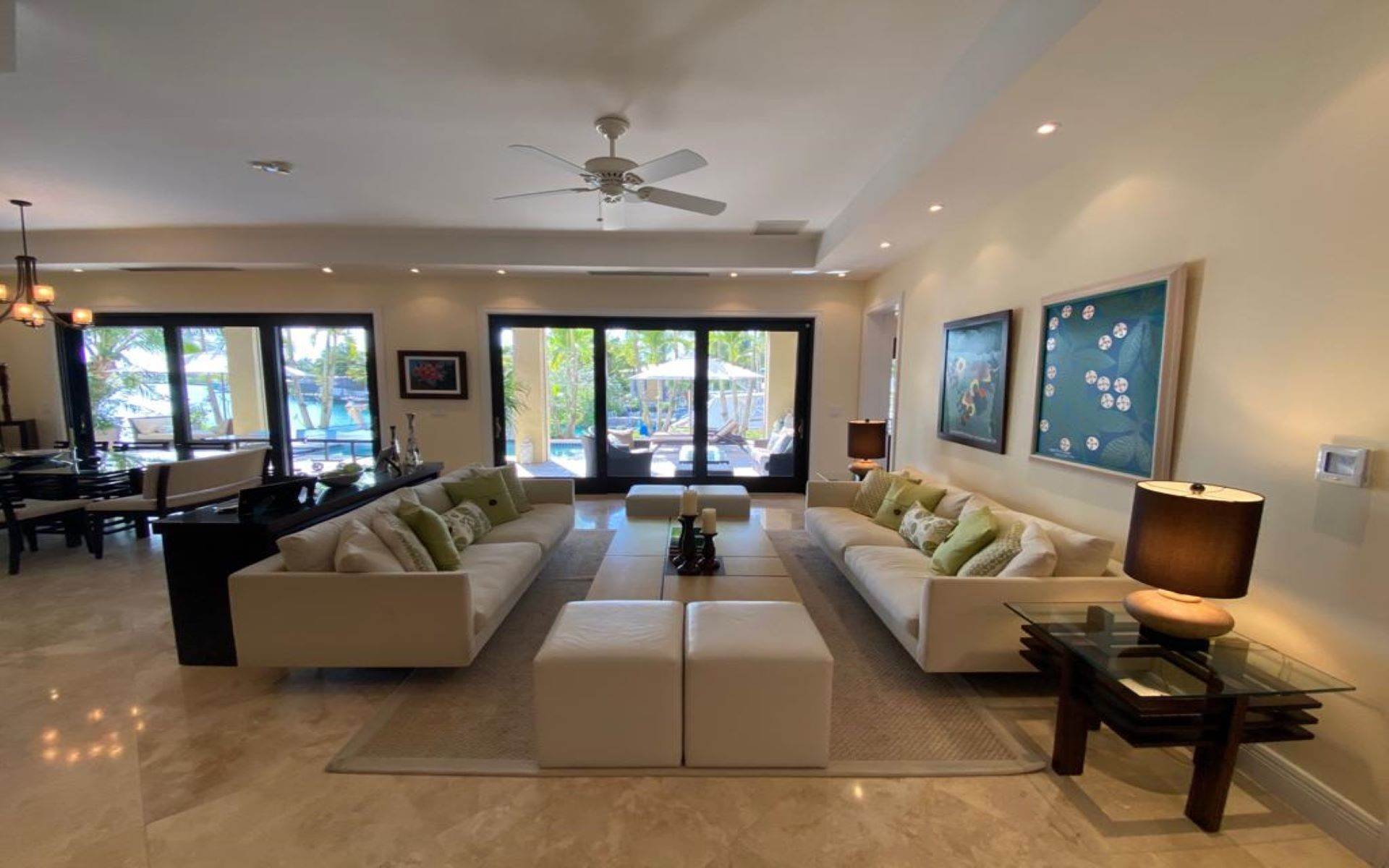 12. Single Family Homes for Sale at Immaculate House on Venetian Lane in Old Fort Bay Old Fort Bay, Nassau And Paradise Island, Bahamas