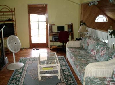 6. Single Family Homes for Rent at Charming House With Good Income Potential Nassau And Paradise Island, Bahamas
