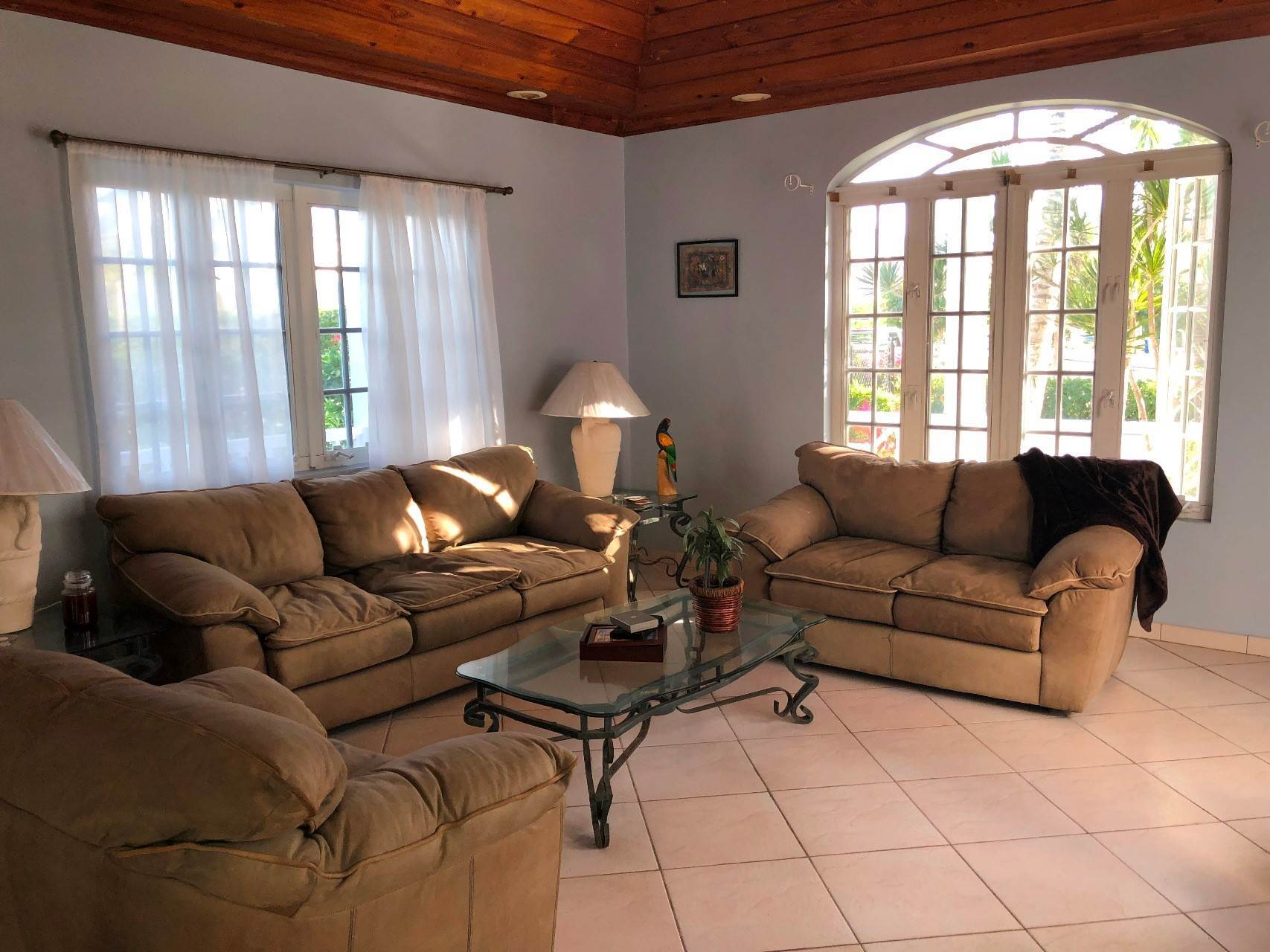 2. Co-op / Condo for Rent at #18 Sandyport Residence Sandyport, Cable Beach, Nassau And Paradise Island Bahamas