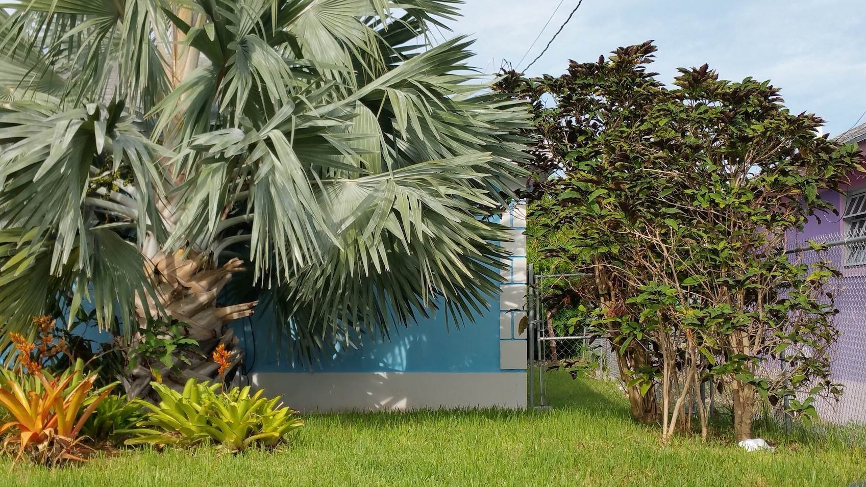 9. Single Family Homes for Sale at One of A Kind Residential Family Home in Faith Gardens Faith Gardens, Nassau And Paradise Island, Bahamas
