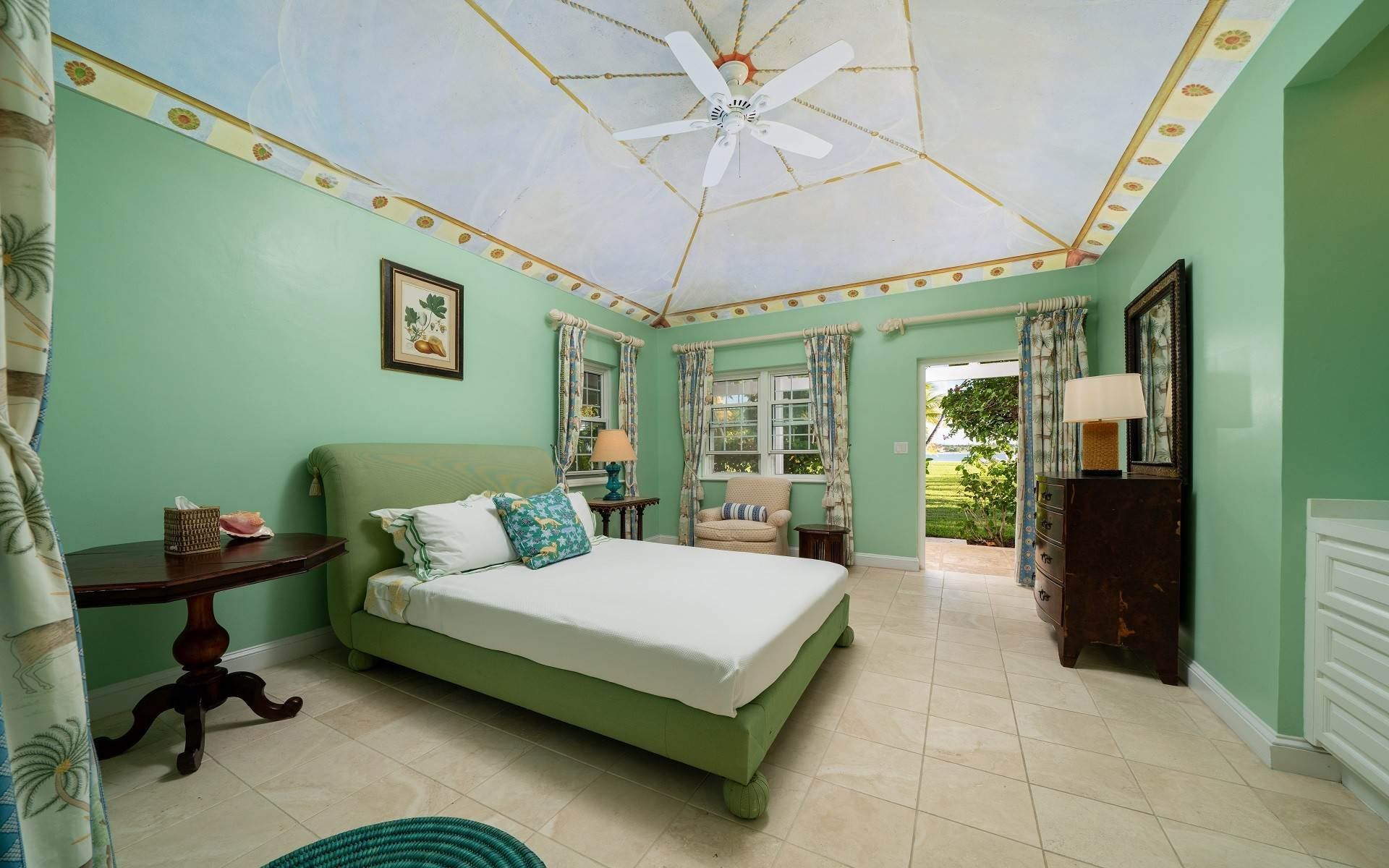 42. Single Family Homes for Rent at Magnificent Lyford Cay Beachfront Estate Lyford Cay, Nassau And Paradise Island, Bahamas