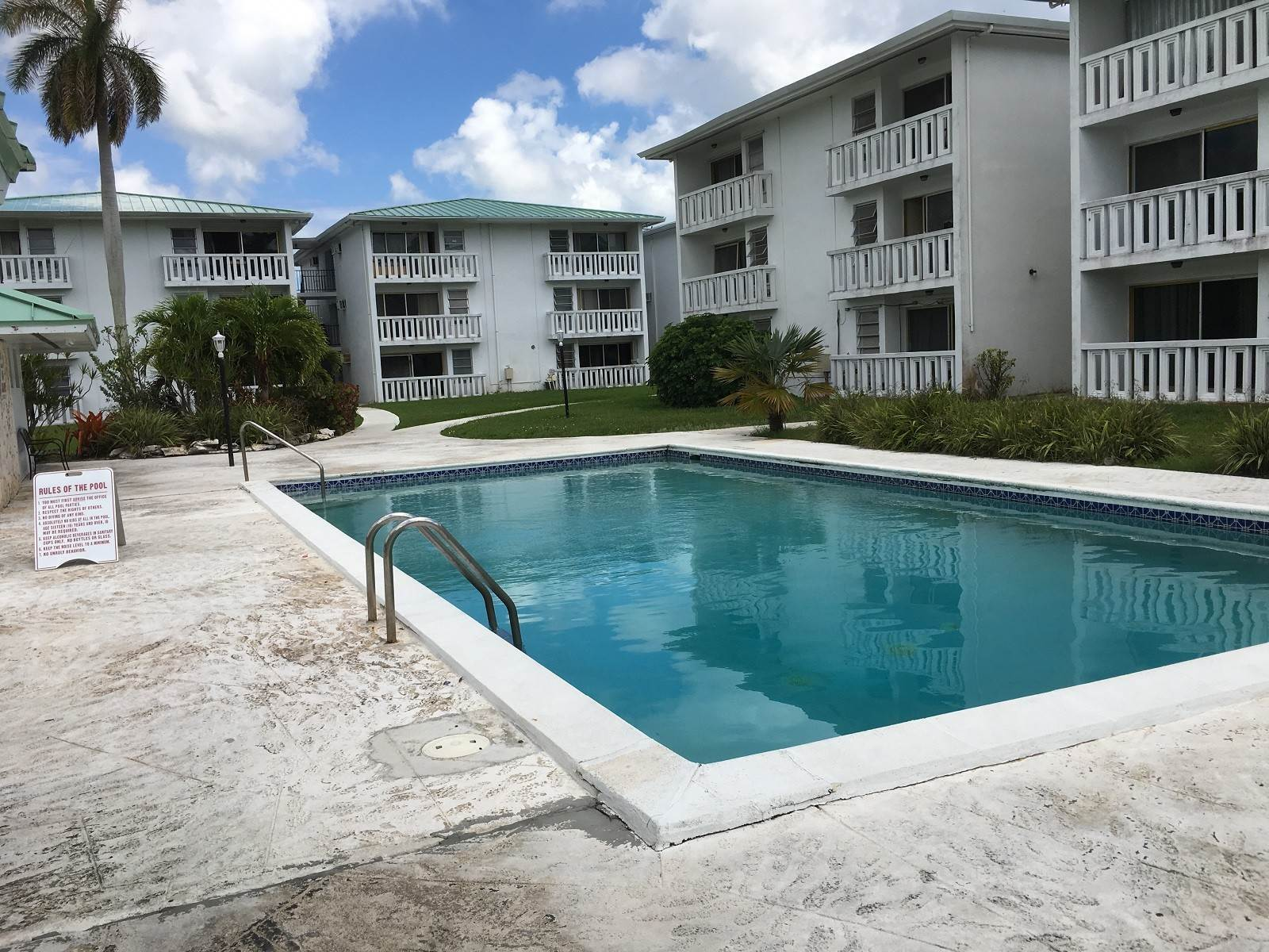 7. Co-op / Condo for Sale at Palm Club One Bedroom Condominium 802 C Bahamia, Freeport And Grand Bahama, Bahamas