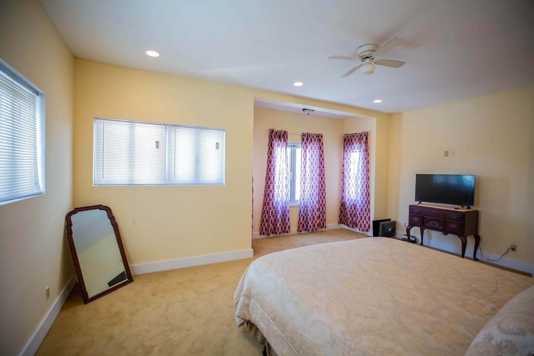 13. Co-op / Condo for Rent at Newly Built 3 Bedroom Apartment with panoramic Views off Tonique Williams Darling Highway Harold Road, Nassau And Paradise Island, Bahamas