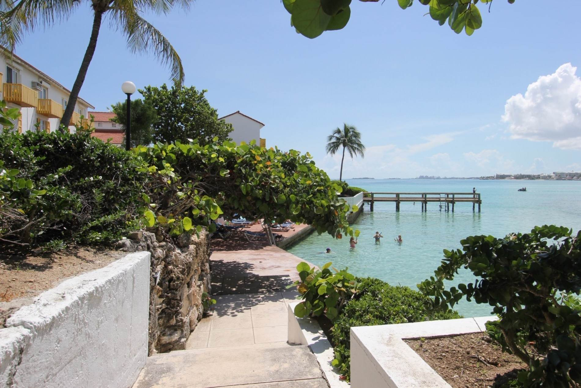 7. Co-op / Condo for Rent at Excellent views from this 2nd floor condo Delaporte Point, Nassau And Paradise Island, Bahamas