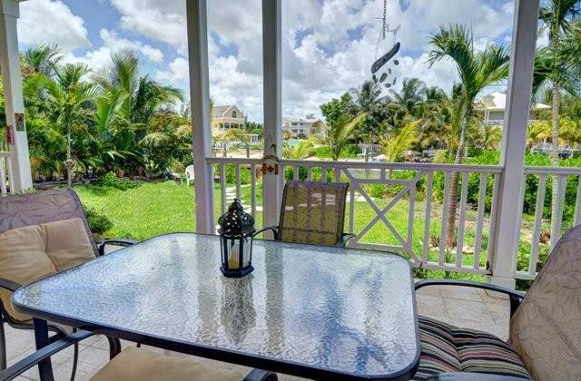 16. Single Family Homes por un Alquiler en Executive canal front home with dock in Sandyport, West Nassau Sandyport, Cable Beach, Nueva Providencia / Nassau Bahamas