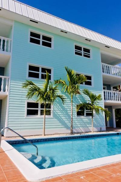 2. Co-op / Condo for Rent at Gorgeous 2 Bed Condo on the Canal Freeport And Grand Bahama, Bahamas