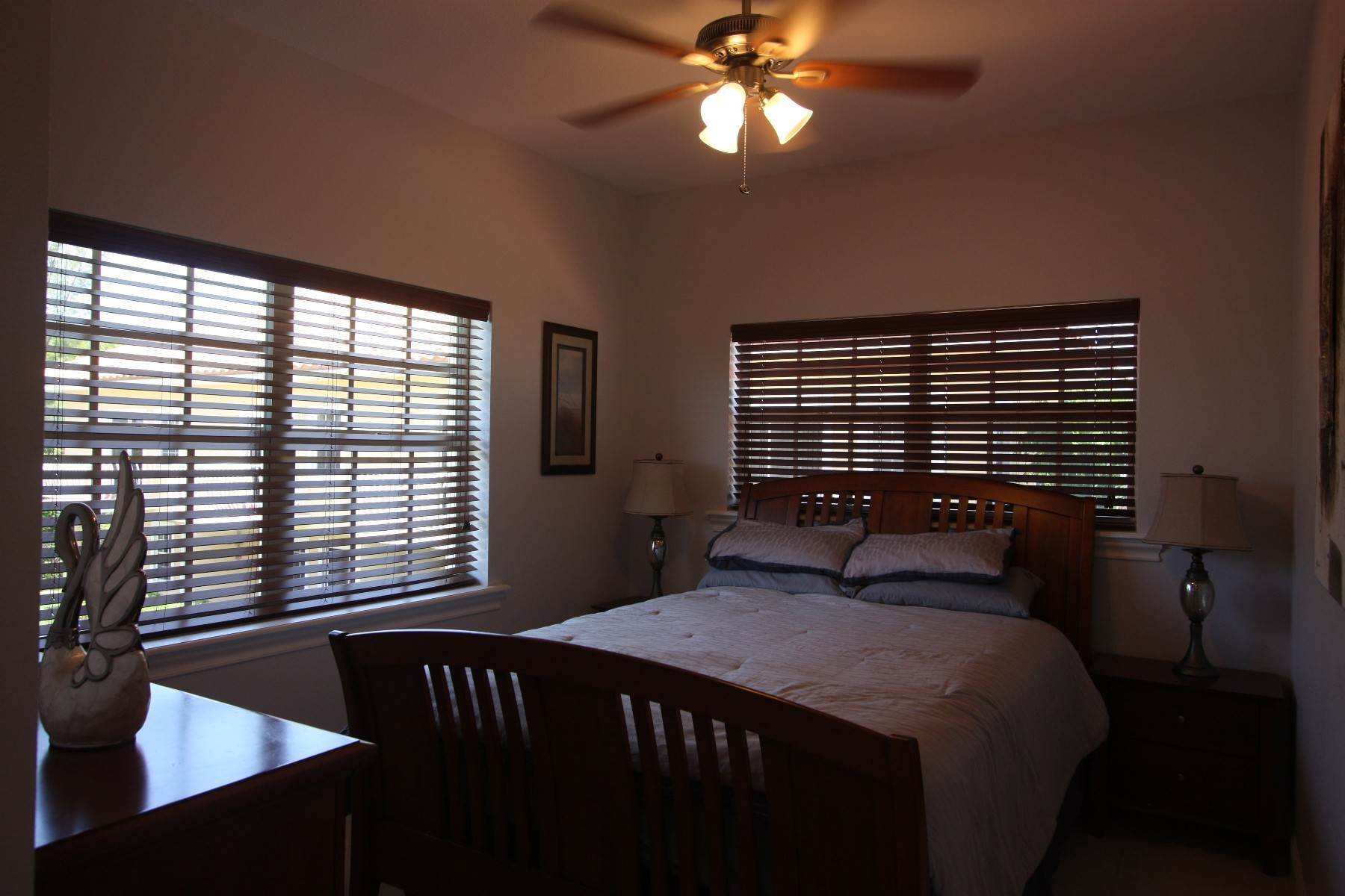 14. Co-op / Condo for Sale at Beautiful and Secure Canal Front Town House - The Hamptons Bahamia Marina, Freeport And Grand Bahama, Bahamas