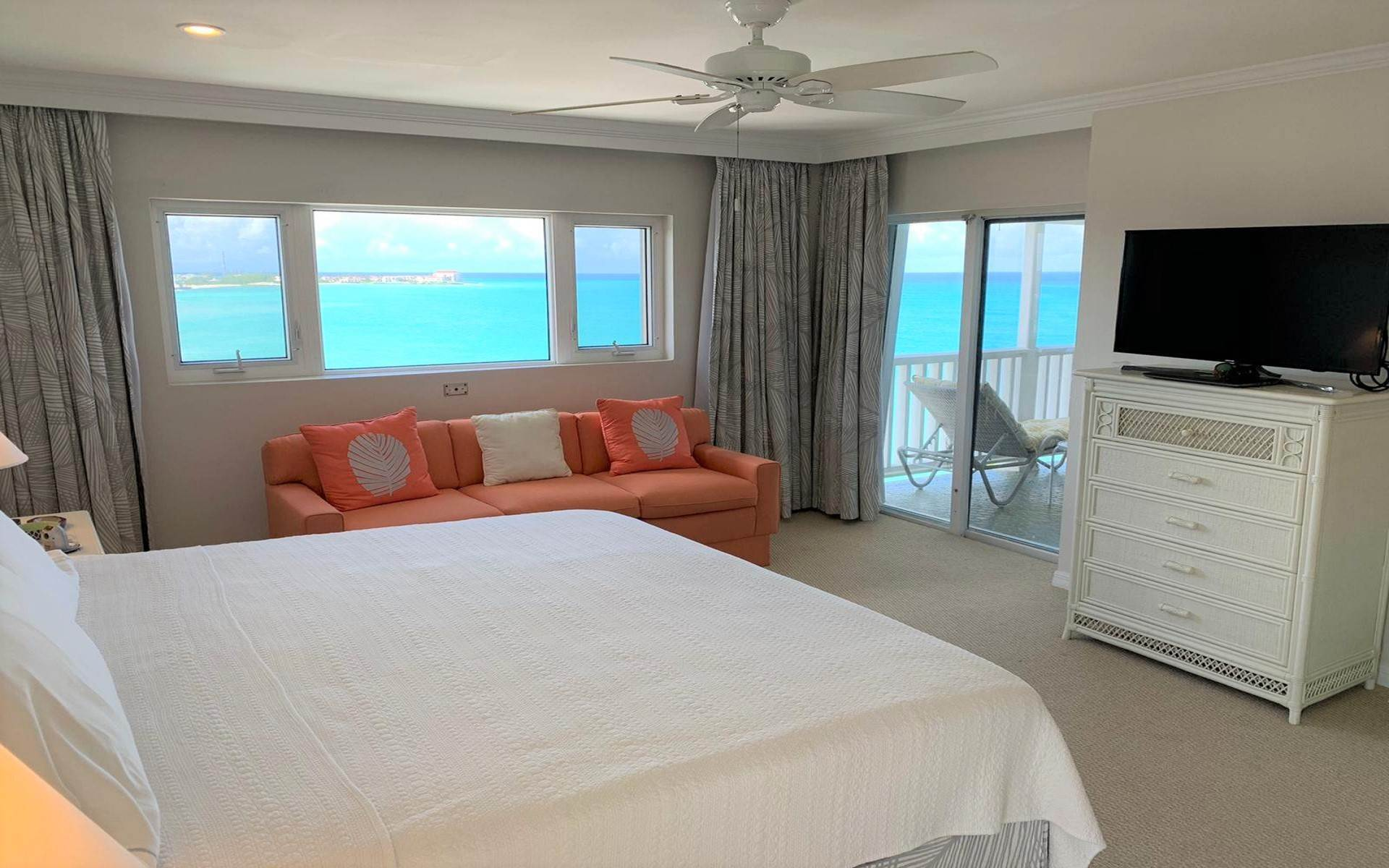 14. Co-op / Condo for Rent at Conchrest Condominium with Exceptional Ocean Views Conchrest, Cable Beach, Nassau And Paradise Island Bahamas