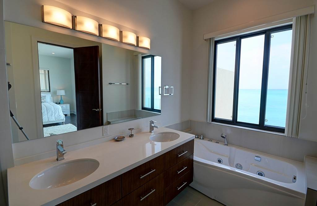 9. Co-op / Condo for Rent at Turn Key Waterfront Home at the Cliffs Cable Beach The Cliffs, Cable Beach, Nassau And Paradise Island Bahamas