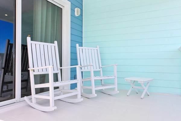 15. Co-op / Condo for Rent at Gorgeous 2 Bed Condo on the Canal Freeport And Grand Bahama, Bahamas