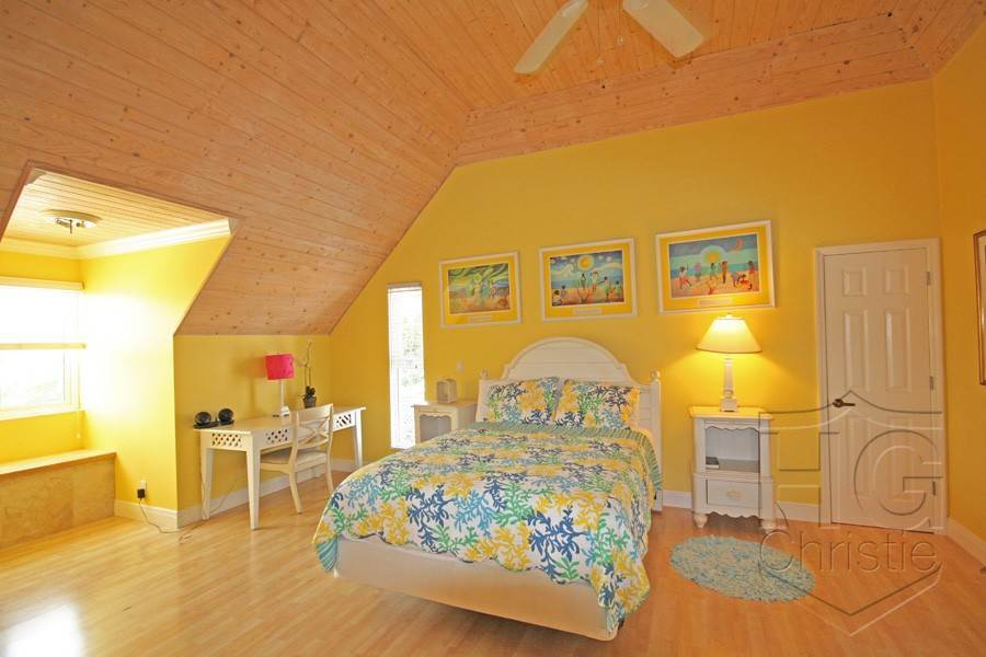 15. Single Family Homes por un Alquiler en Island Home in Shoreline, Fortune Beach, Lucaya Shoreline, Lucaya, Gran Bahama Freeport Bahamas