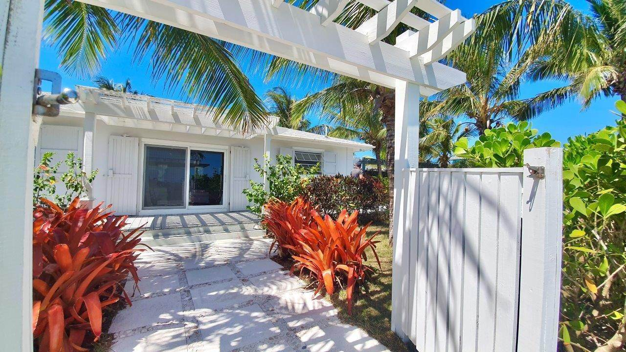 25. Single Family Homes for Sale at Fabulous Coastal Living Home in Governor's Harbour - MLS 44509 Governors Harbour, Eleuthera, Bahamas