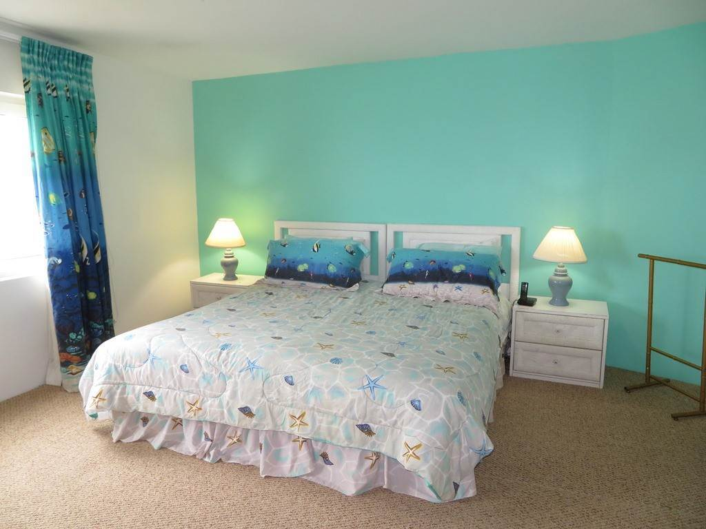9. Co-op / Condo for Rent at Beachfront Corner unit Townhouse on Paradise Island Paradise Island, Nassau And Paradise Island, Bahamas
