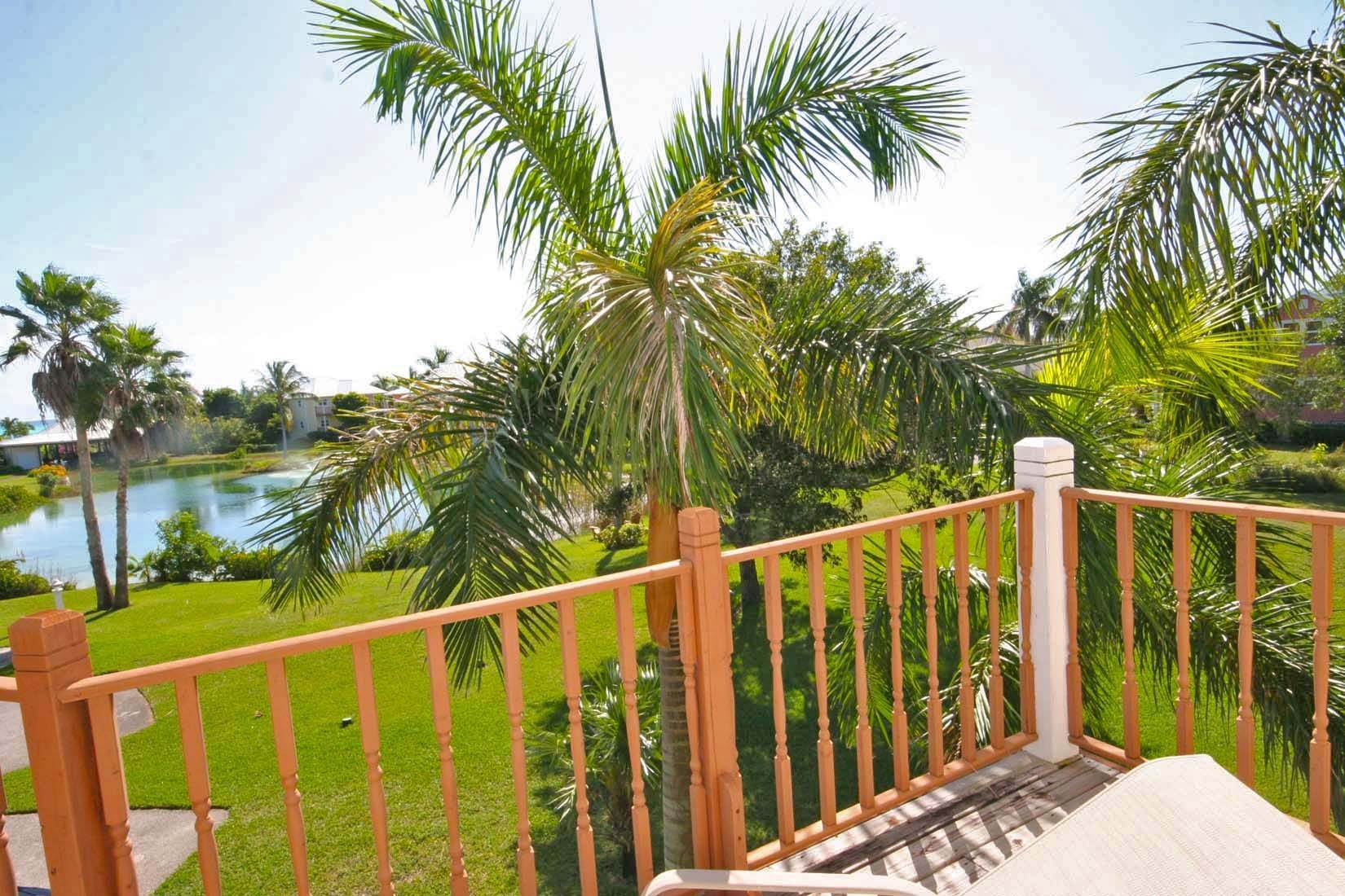 15. Single Family Homes for Rent at Island Style Home in Gated Beachfront Community of Shoreline. Shoreline, Lucaya, Freeport And Grand Bahama Bahamas