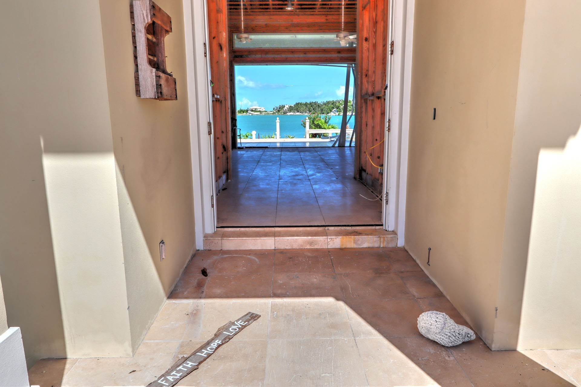 5. Single Family Homes por un Venta en #2 Royal Harbour, Marsh Harbour View Stately Home - MLS 41825 Marsh Harbour, Abaco, Bahamas
