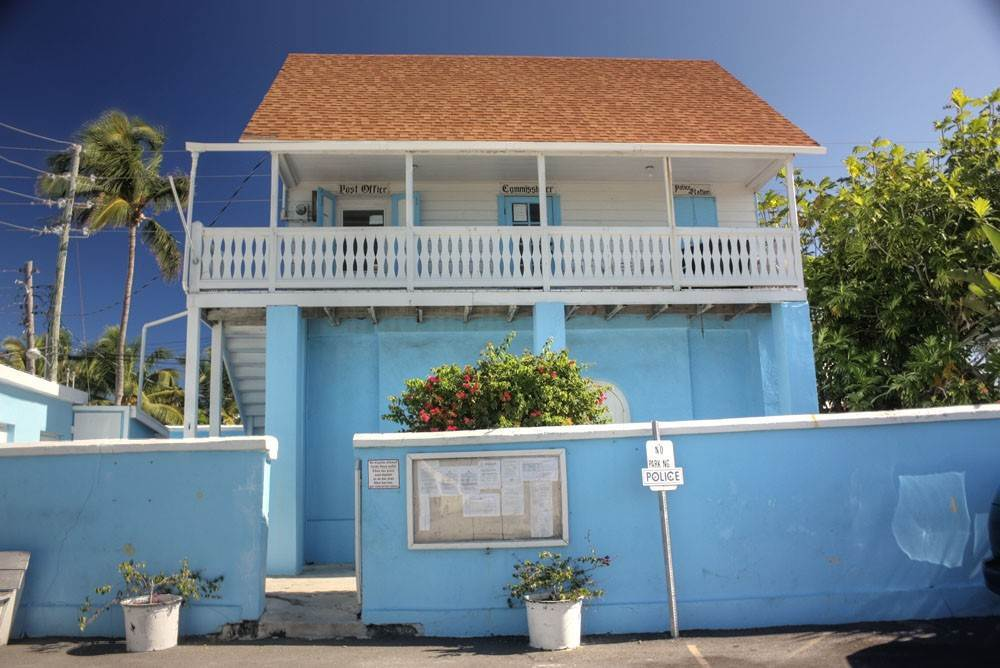 14. Single Family Homes for Rent at Charming, Intimate and Conveniently Located in the Heart of Hope Town! Elbow Cay Hope Town, Abaco, Bahamas