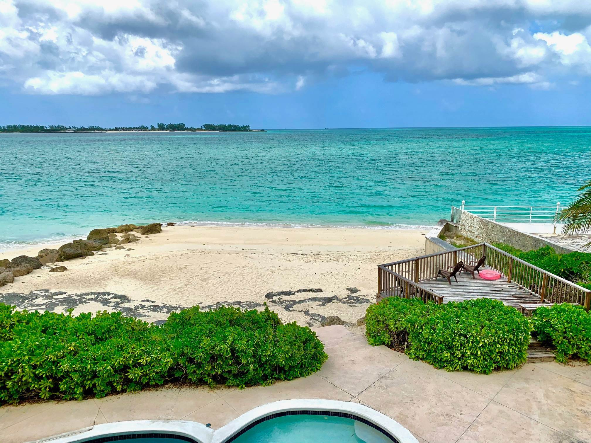 8. Co-op / Condo for Rent at Lovely Condominium with Spectacular Ocean Views on Cable Beach Cable Beach, Nassau And Paradise Island, Bahamas