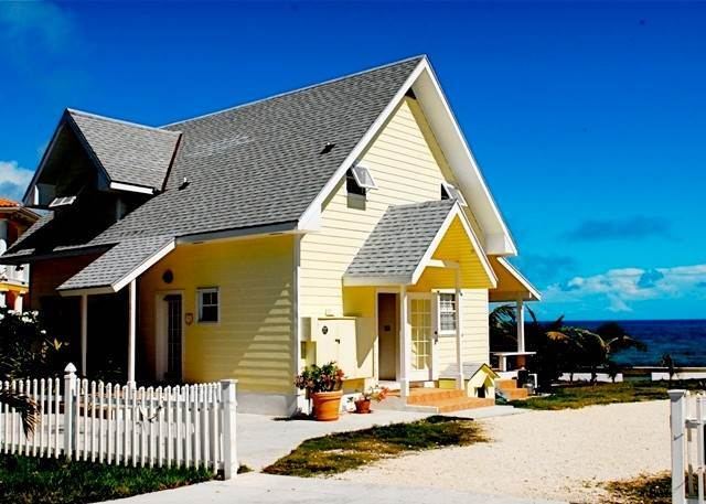 2. Single Family Homes for Rent at Cozy Cottage Eastern Road, Nassau And Paradise Island, Bahamas