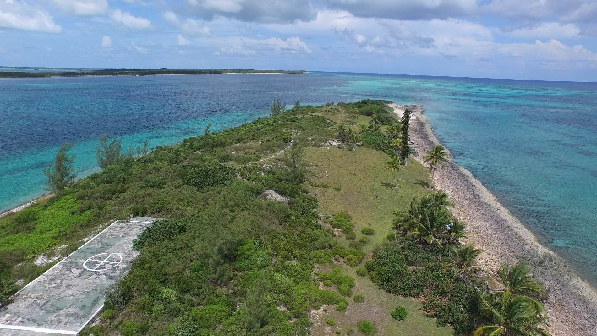 16. Private Islands for Sale at Pierre Island, A Perfect Private Retreat Island Near Harbour Island - MLS 40806 Harbour Island, Eleuthera, Bahamas