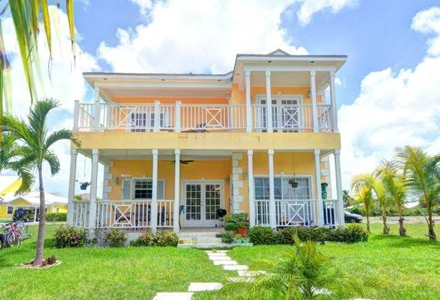 18. Single Family Homes por un Alquiler en Executive canal front home with dock in Sandyport, West Nassau Sandyport, Cable Beach, Nueva Providencia / Nassau Bahamas
