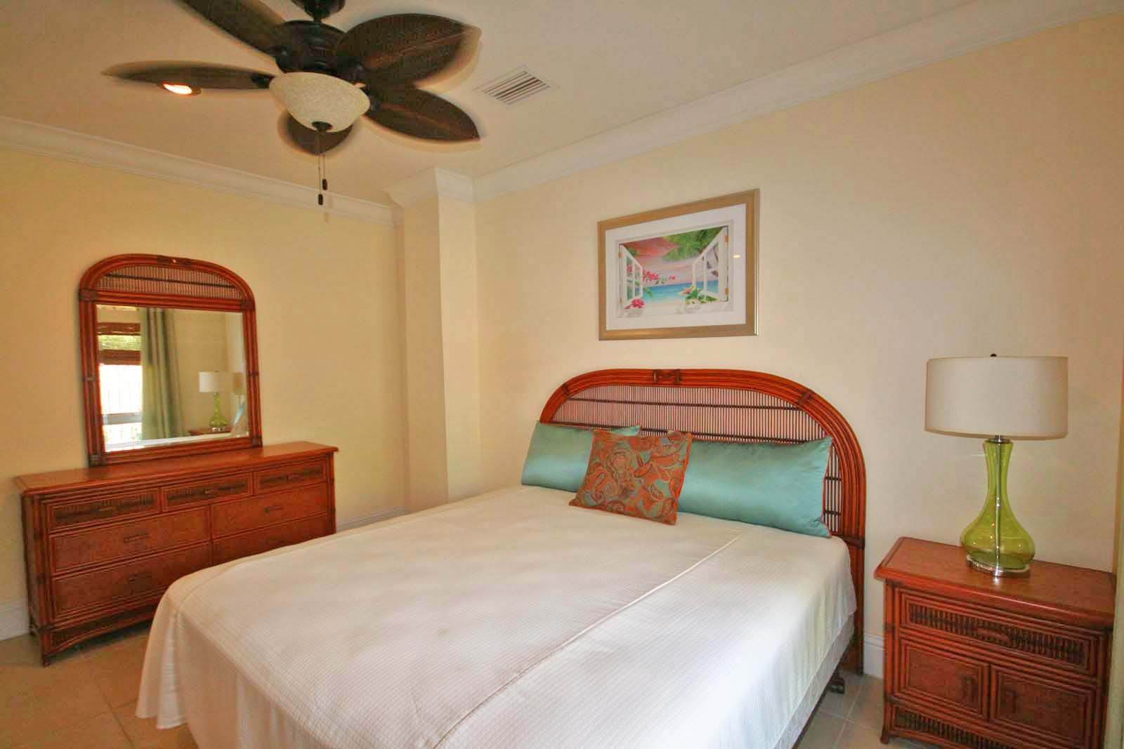 10. Co-op / Condo for Rent at Luxurious Waterfront 1-Bedroom Condominium in Gorgeous Suffolk Court Bahamia Marina, Freeport And Grand Bahama, Bahamas