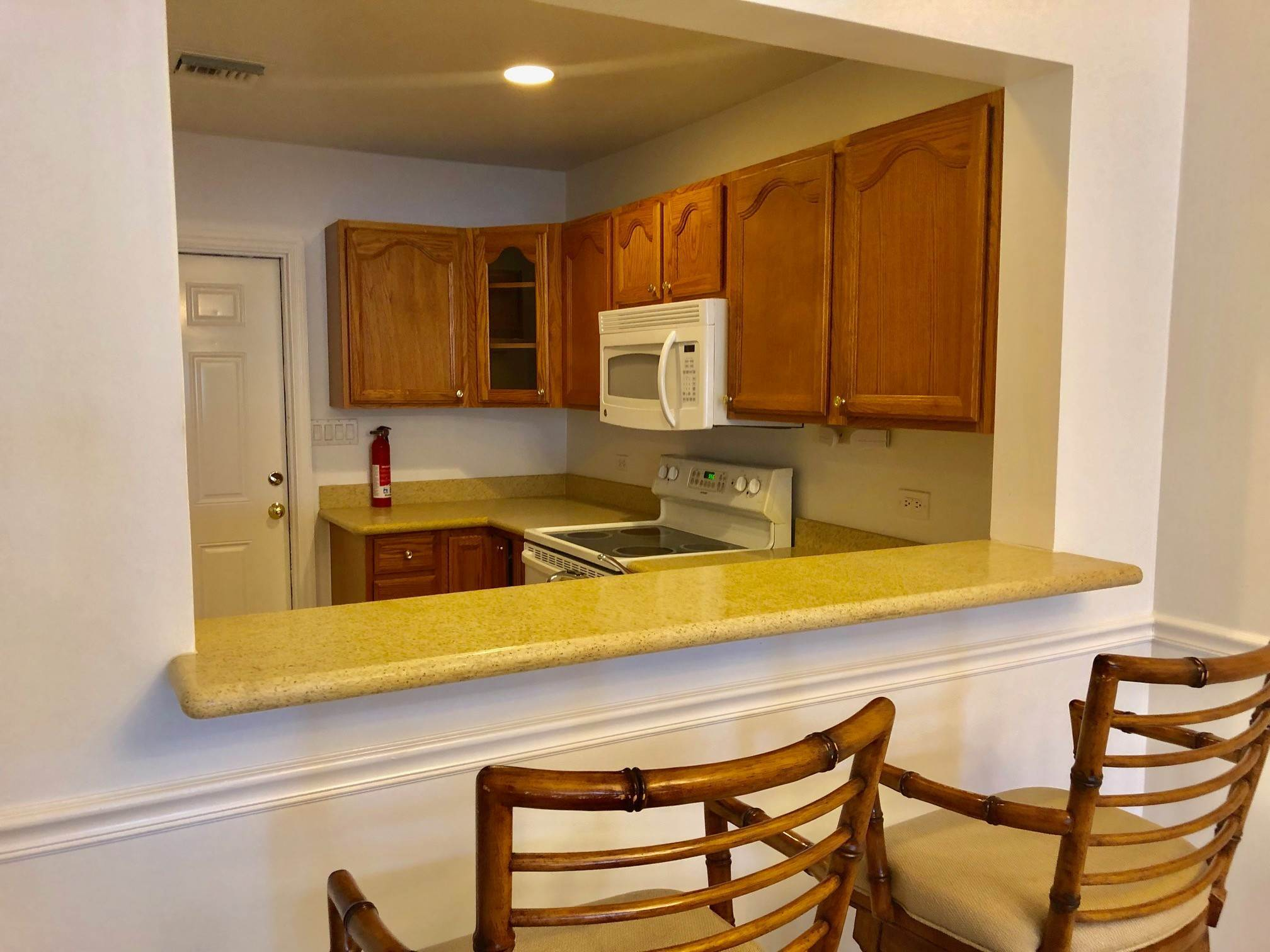 4. Co-op / Condo for Rent at Spacious 3 bedroom condo near town and Cable Beach - MLS 42947 Nautica, Nassau And Paradise Island, Bahamas