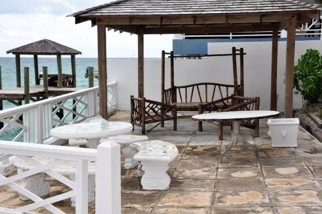 15. Single Family Homes for Sale at Los Arcos, Eastern Road Eastern Road, Nassau And Paradise Island, Bahamas