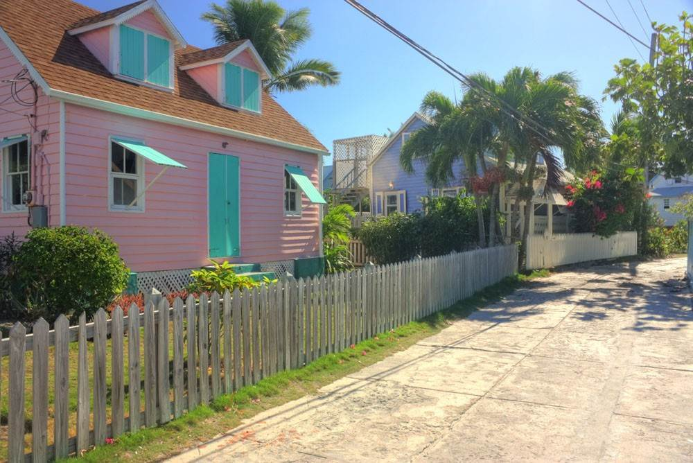15. Single Family Homes for Rent at Charming, Intimate and Conveniently Located in the Heart of Hope Town! Elbow Cay Hope Town, Abaco, Bahamas