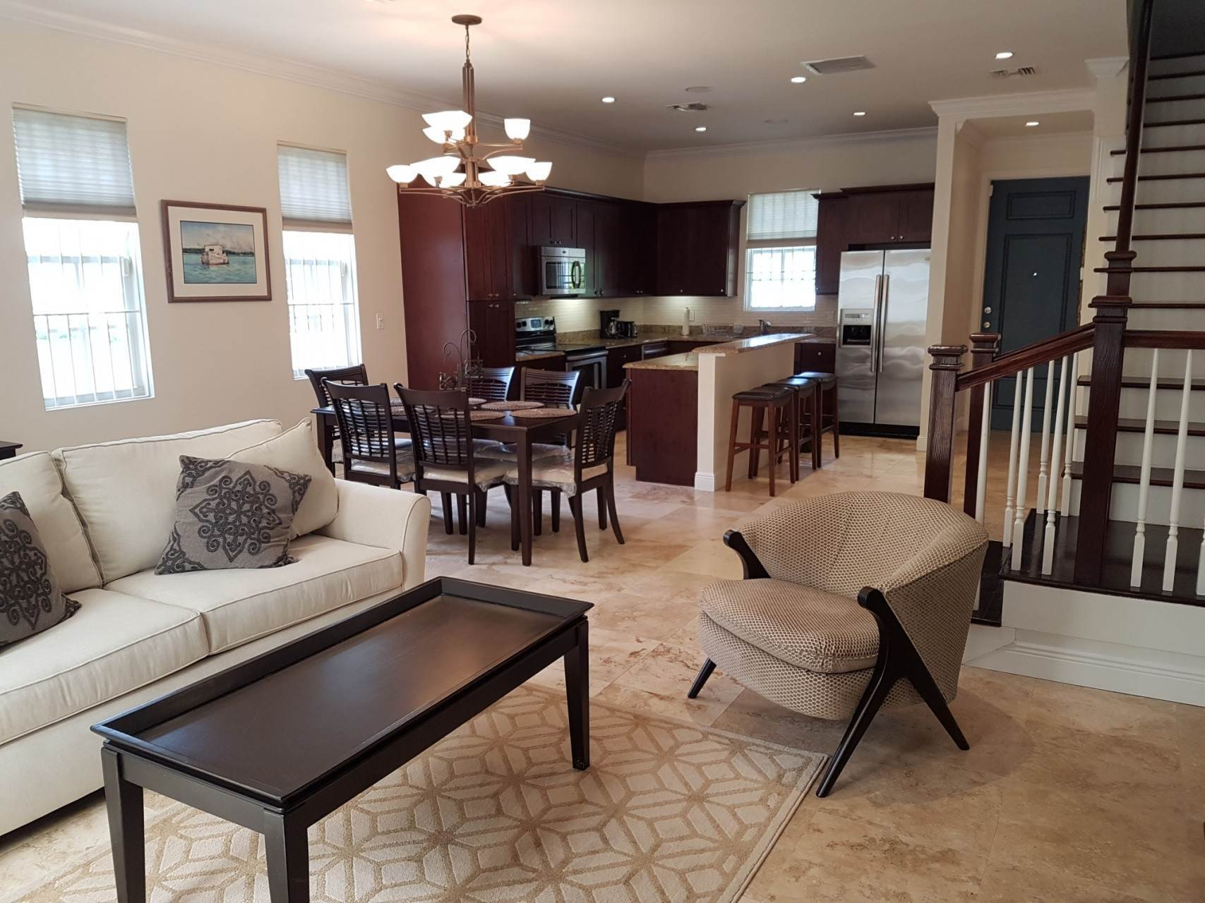 17. Co-op / Condo for Rent at Beautiful Balmoral Townhome Nassau And Paradise Island, Bahamas