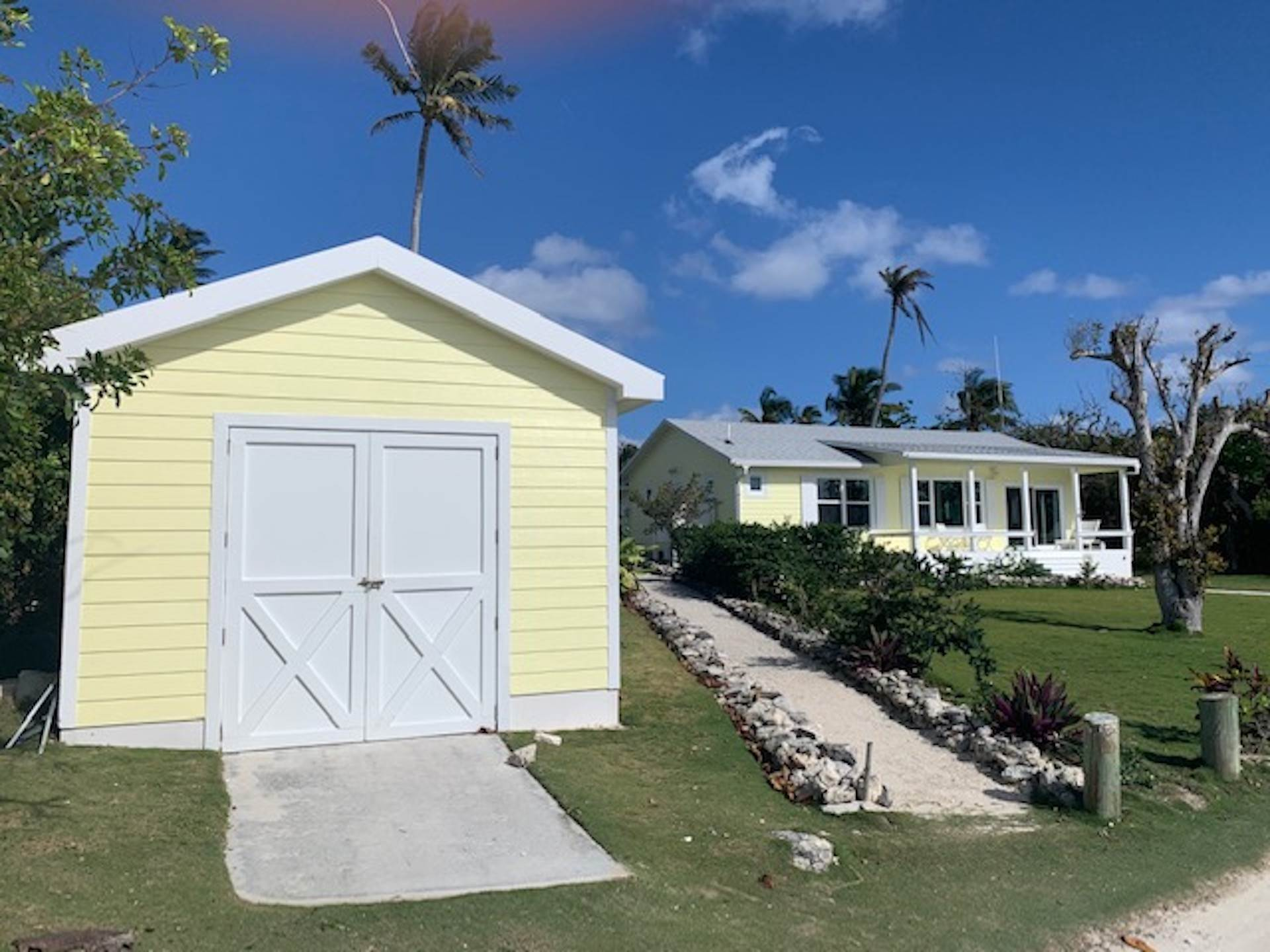 14. Single Family Homes for Sale at Sea to Sea - MLS 43964 Elbow Cay Hope Town, Abaco, Bahamas
