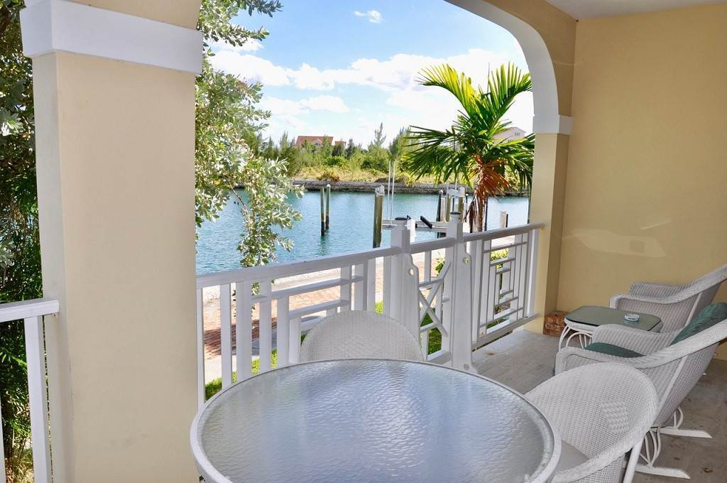 17. Co-op / Condominio por un Alquiler en Spectacular Townhouse at Grand Bahama Yacht Club for sale or rent! Bell Channel, Lucaya, Gran Bahama Freeport Bahamas