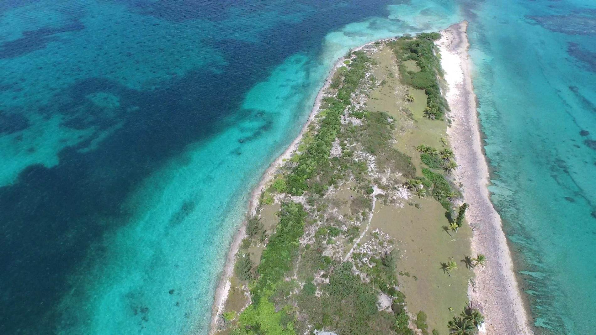 17. Private Islands for Sale at Pierre Island, A Perfect Private Retreat Island Near Harbour Island - MLS 40806 Harbour Island, Eleuthera, Bahamas