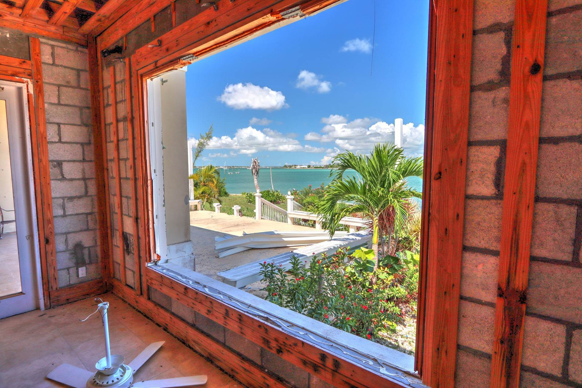 18. Single Family Homes por un Venta en #2 Royal Harbour, Marsh Harbour View Stately Home - MLS 41825 Marsh Harbour, Abaco, Bahamas