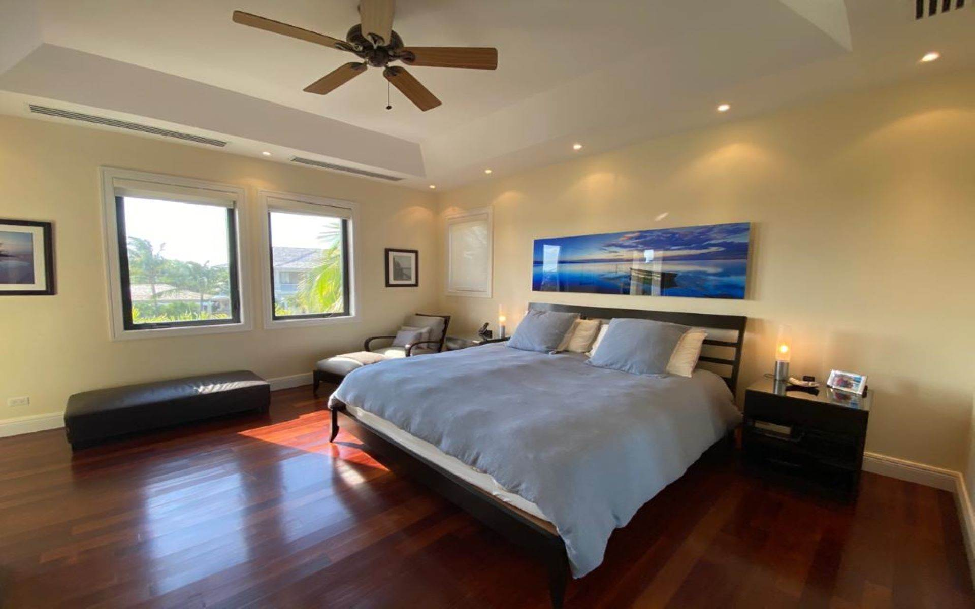 17. Single Family Homes for Sale at Immaculate House on Venetian Lane in Old Fort Bay Old Fort Bay, Nassau And Paradise Island, Bahamas
