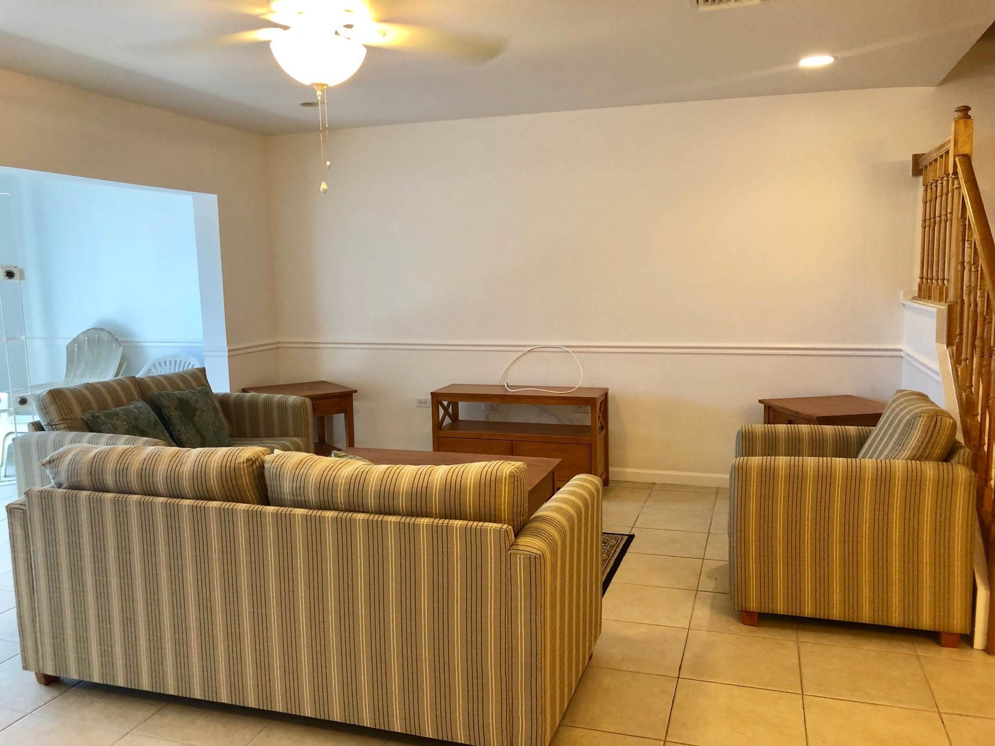 2. Co-op / Condo for Sale at Spacious 3 bedroom condo near town and Cable Beach - MLS 38821 Nautica, Nassau And Paradise Island, Bahamas