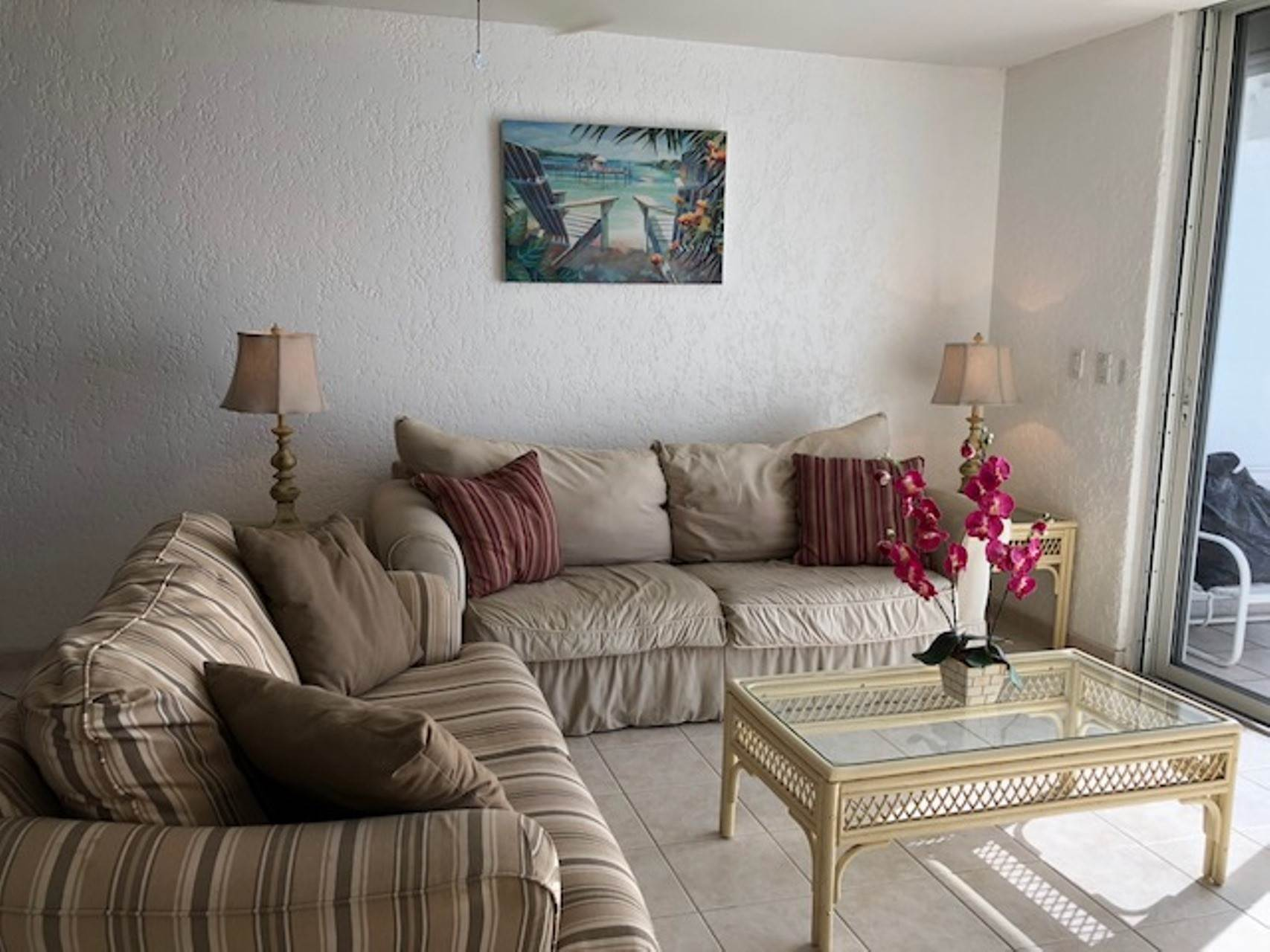 6. Co-op / Condo for Rent at Charming Delaporte Waterfront Townhouse Delaporte Point, Nassau And Paradise Island, Bahamas