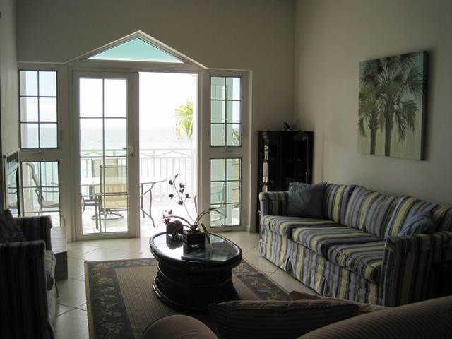 10. Co-op / Condominio por un Venta en Private Beachfront Gated Community Nueva Providencia / Nassau, Bahamas