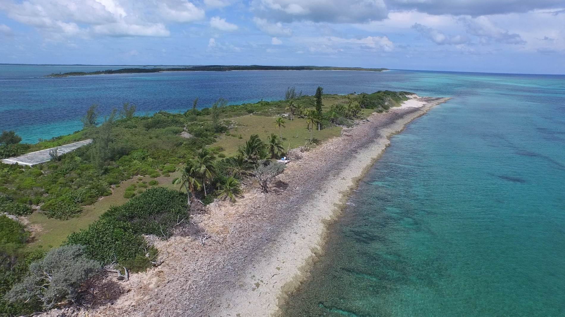 18. Private Islands for Sale at Pierre Island, A Perfect Private Retreat Island Near Harbour Island - MLS 40806 Harbour Island, Eleuthera, Bahamas