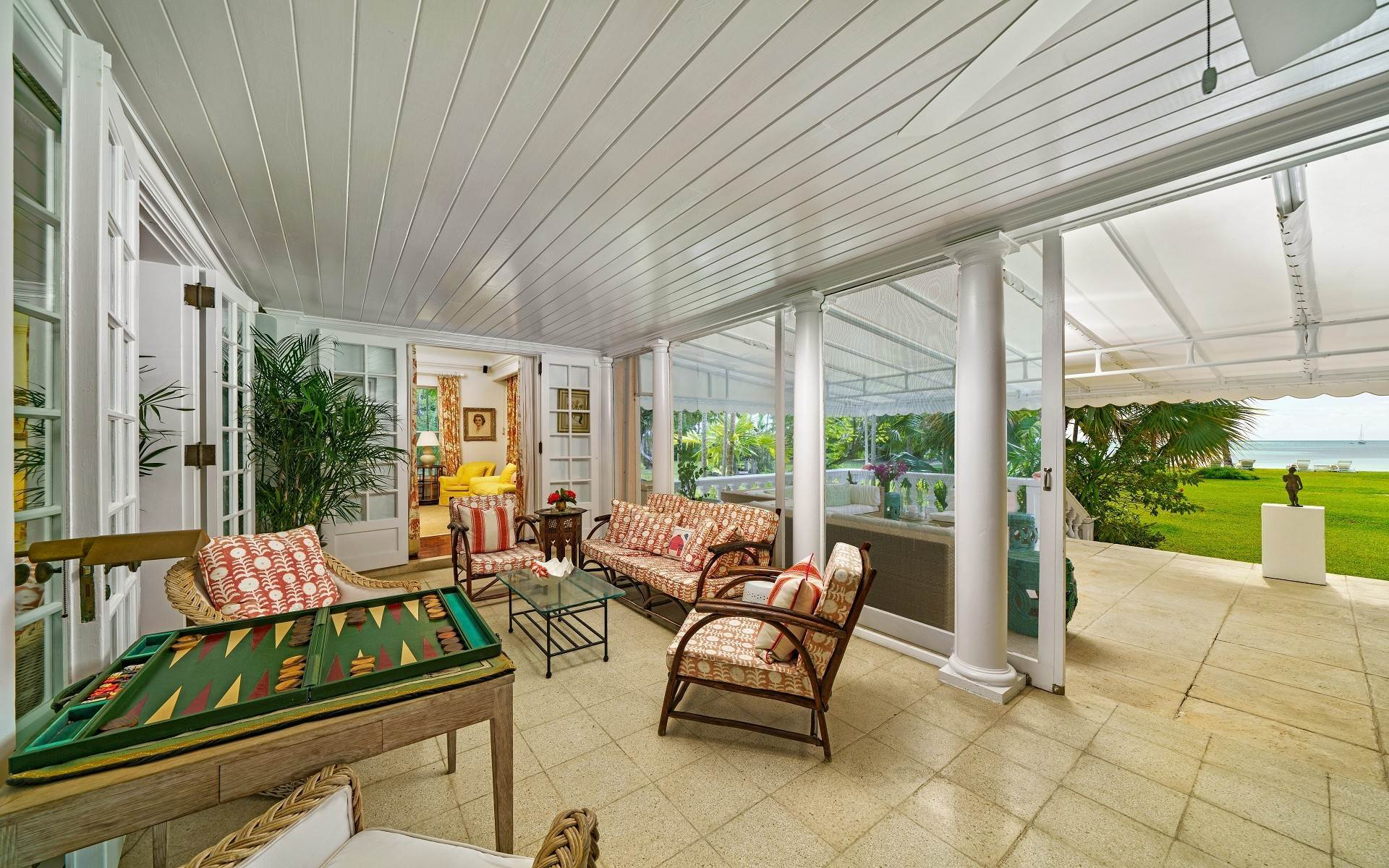 5. Single Family Homes for Rent at Magnificent Lyford Cay Beachfront Estate Lyford Cay, Nassau And Paradise Island, Bahamas