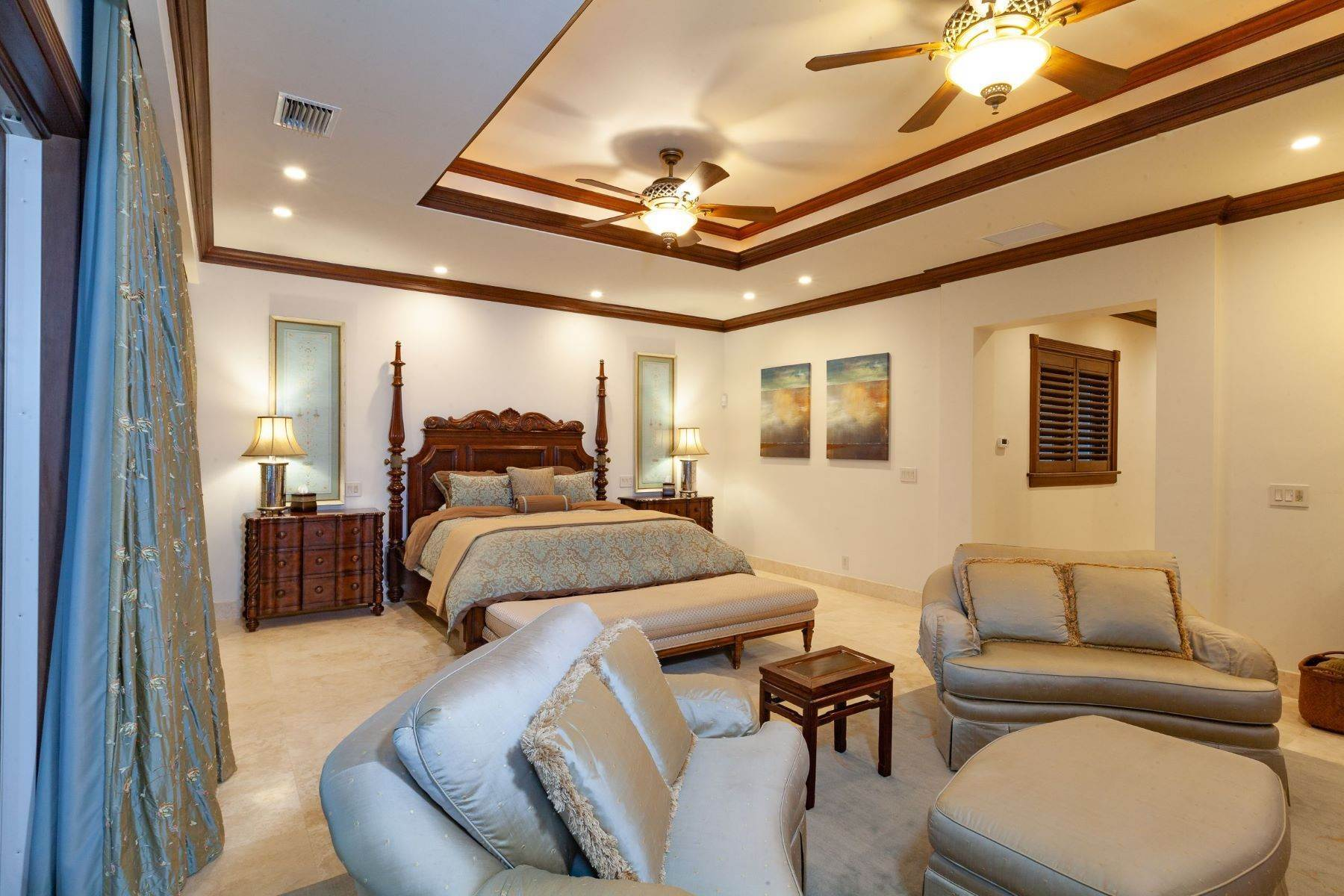19. Single Family Homes for Sale at The Grand Estate at Fortune Cay - MLS 44053 Fortune Cay, Freeport and Grand Bahama, Bahamas
