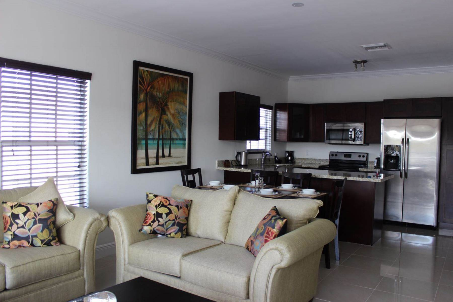 9. Co-op / Condominio por un Alquiler en Nicely furnished Penthouse in Venito Westridge Estates Westridge Estates, Westridge, Nueva Providencia / Nassau Bahamas