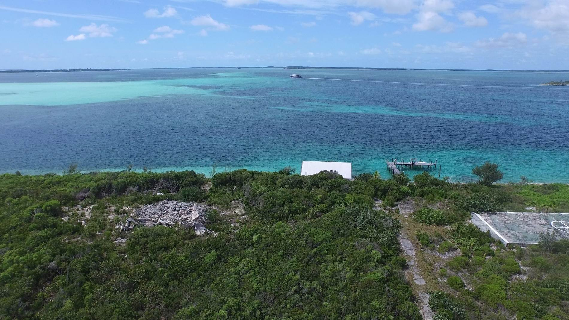 19. Private Islands for Sale at Pierre Island, A Perfect Private Retreat Island Near Harbour Island - MLS 40806 Harbour Island, Eleuthera, Bahamas