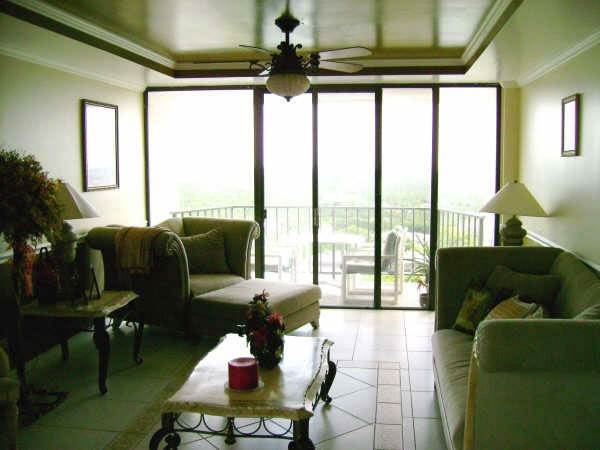 2. Co-op / Condo for Rent at Lovely Two Bedroom Condo Greening Glade, Freeport And Grand Bahama, Bahamas