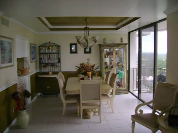 3. Co-op / Condo for Rent at Lovely Two Bedroom Condo Greening Glade, Freeport And Grand Bahama, Bahamas