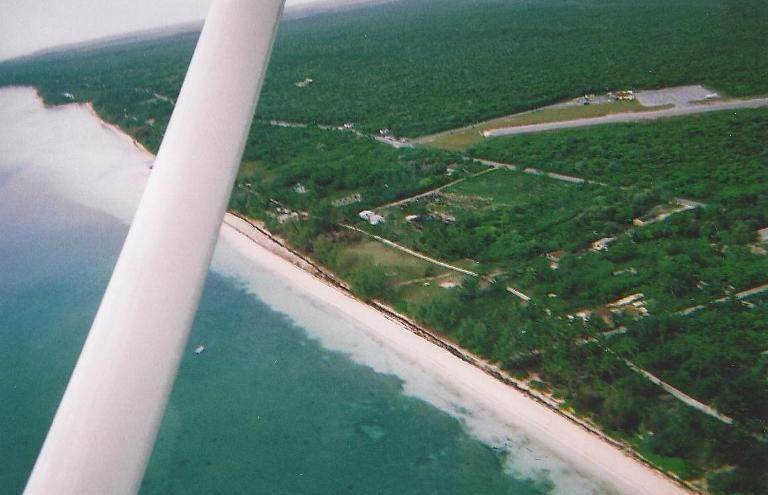 2. Single Family Homes for Sale at Beach cottage with development acreage Congo Town, Andros, Bahamas