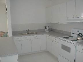 3. Multifamiliar por un Alquiler en Brand New Apartment for Rent Lucauan Waterway, Gran Bahama Freeport, Bahamas