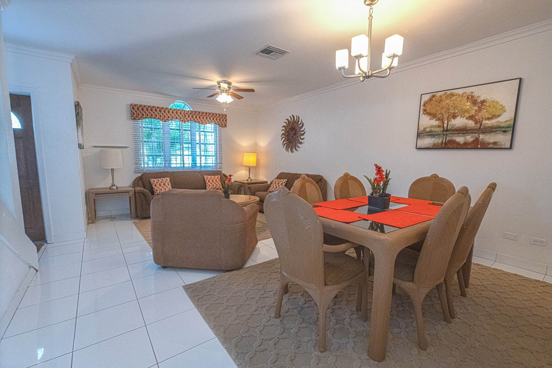 3. Single Family Homes for Rent at Excellent Family Home in Vista Marina - MLS 41677 Nassau And Paradise Island, Bahamas